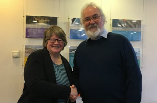 An image of Minister Coffey meeting Professor Stephen de Mora