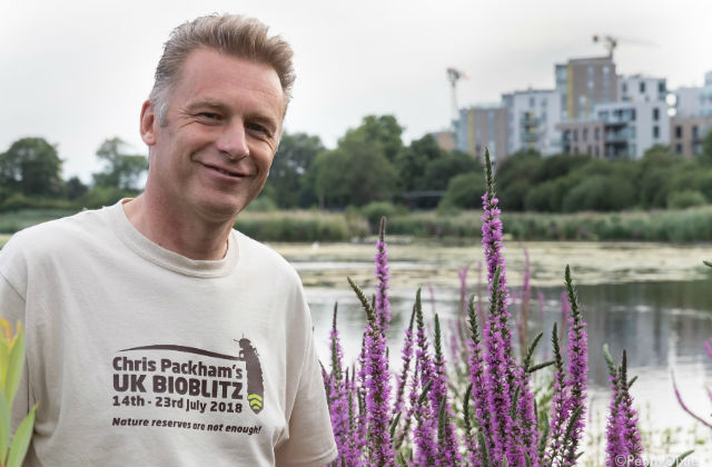 Picture of Chris Packham wearing a BioBlitz t-shirt