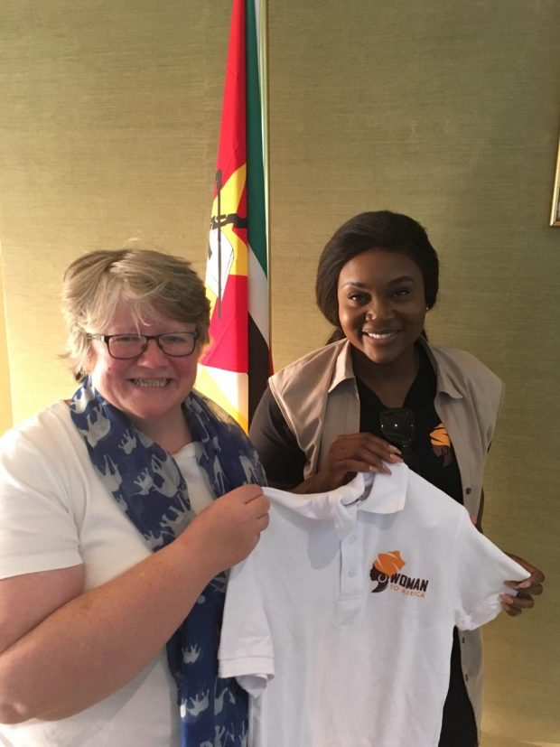 An image of UK Environment Minister, Thérèse Coffey and Mozambican singer, Lizha James holding a 'Women to Africa' t-shirt.