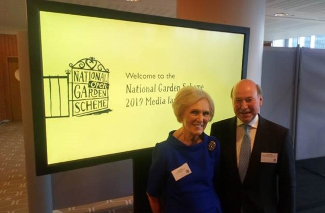 An image of Mary Berry with Lord Gardiner.