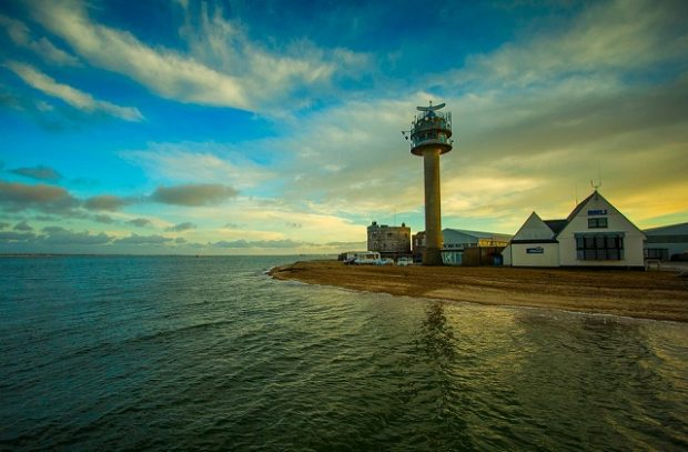 An image of a Lighthouse on Calshot beach