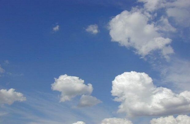 Image of clouds amid a blue sky